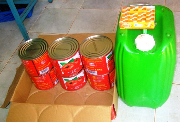 produits achetés pour le repas communautaire des orphelins