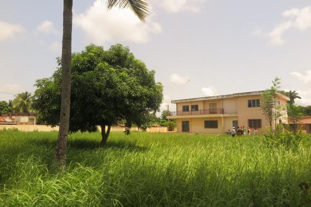 Futur CEFORIAS_Repérage bâtiment à louer_04 2016_Ouidah 2.JPG