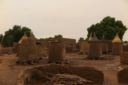 Double Sens _ BURKINA FASO _ HD _ Village de Doudou _